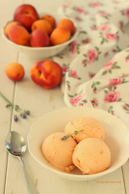4 verfrissende ijsjes - ijs van abrikozen en nectarines