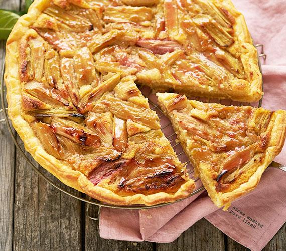Rabarber-frangipane taart